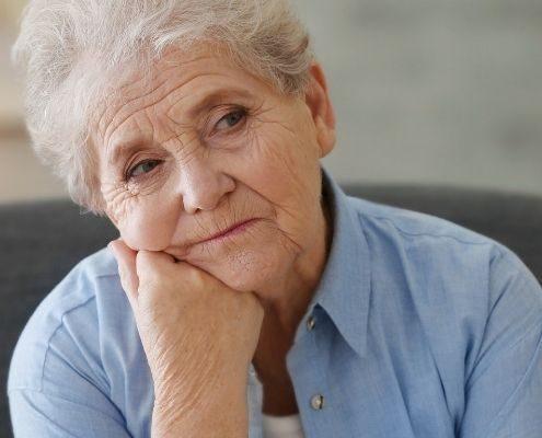 Domowe sposoby na zaparcia u seniora